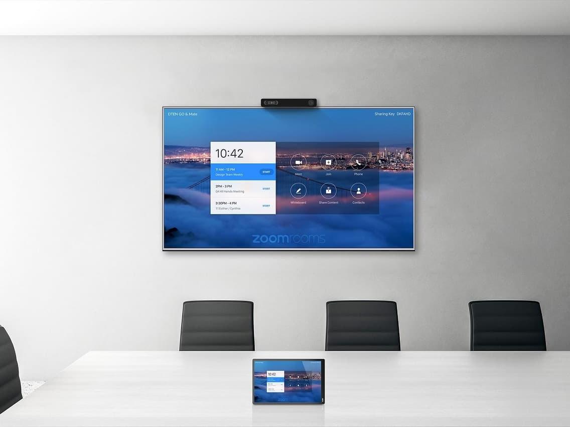DTEN GO with Mate prezentációs eszköz, mely segítségével bármilyen kijelző konferencia szobává alakítható